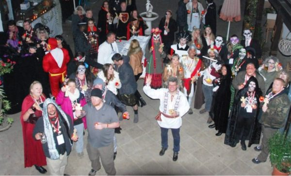 halloween-party-in-transylvania