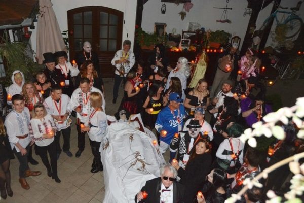 dracula-tours-halloween-party