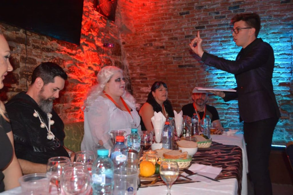 transylvania-tours-halloween-party